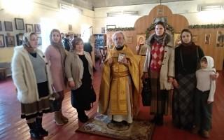 Молебен о помощи Божией в деле сохранения традиционных семей