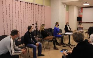 Кировские чиновники не желают слышать родительскую общественность